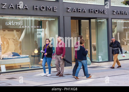 8e7a9a13 Entrance of Zara woman and man clothing shop in Miramar Shopping and ...