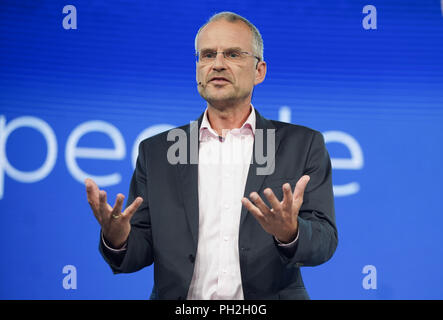 August 30, 2018, Berlin: Henk de Jong, Chief of International Markets at Philips, presented the latest Philips products on the 2nd press day of the IFA electronics trade fair. Photo: Jörg Carstensen/dpa - Stock Photo