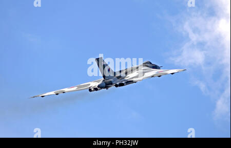 Vulcan bomber XH558, before it stopped flying - Stock Photo