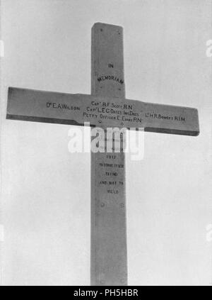 'Memorial Cross Erected at Observation Hill to the Southern Party', 1913. Wooden cross erected to commemorate the deaths of Scott's pole party, inscribed with their names: Dr EA Wilson, Captain RF Scott, Captain LEC Oates, Lieutenant HR Bowers, Petty Officer E Evans 'who died on their return from the Pole, March 1912', and some lines from Tennyson: To strive, to seek, to find, and not to yield. The final expedition of British Antarctic explorer Captain Robert Falcon Scott (1868-1912) left London on 1 June 1910 bound for the South Pole. The Terra Nova Expedition, officially the British Antarcti - Stock Photo