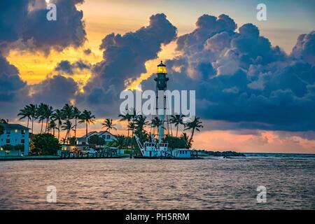 Hillsboro Lighthouse in Hillsboro Beach, Florida, USA near Fort Lauderdale and Miami. - Stock Photo