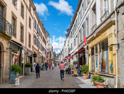 Shops on Rue Élie Freronl in the old town, Quimper, Finistere, Brittany, France - Stock Photo