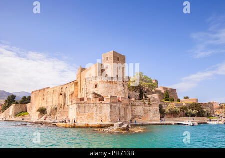 Royal Chateau, Collioure, Languedoc-Roussillon, Pyrenees-Orientales, France. - Stock Photo