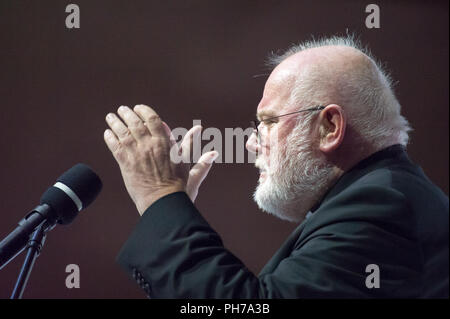 Gdansk, Poland. 30th Aug 2018. Cardinal Reinhard Marx, Archbishop of Munich and Freising, chairman of the German Bishops' Conference, President of the Commission of the Bishops' Conferences of the European Community, Coordinator of Council for the Economy, Member of Council of Cardinal Advisers during his speech in European Solidarity Centre ECS  in Gdansk, Poland. August 30th 2018 © Wojciech Strozyk / Alamy Live News - Stock Photo