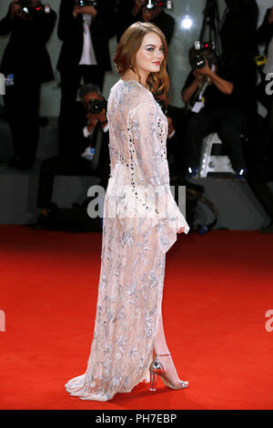 Venice, Italy. 30th Aug 2018. Emma Stone attends the 'The Favorite' première on August 30, 2018 in Venice, Italy.(By Mark Cape/Insidefoto) Credit: insidefoto srl/Alamy Live News - Stock Photo