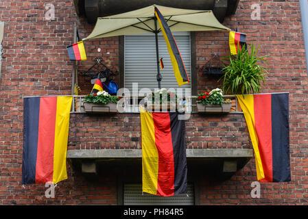 Deutschland-Fahnen, Nippes, Koeln, Nordrhein-Westfalen, Deutschland - Stock Photo