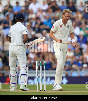 England's Stuart Broad celebrates taking the wicket of India's KL Rahul during day two of the fourth test at the AGEAS Bowl, Southampton. - Stock Photo