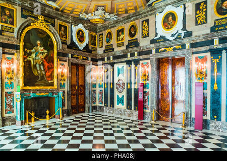 The Marble Chamber, Royal Castle in Plac Zamkowy (Castle Square), Old Town, Warsaw, Poland, Europe - Stock Photo
