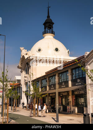 Portugal, Lisbon, Avenida 24 de Julho, Mercado da Ribera, Ribera Market entrance - Stock Photo