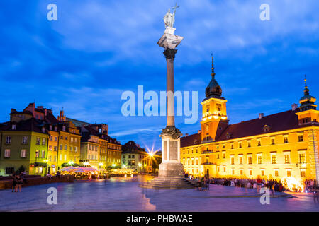 Royal Castle and Sigismund's Column in Plac Zamkowy (Castle Square) at night, Old Town, UNESCO World Heritage Site, Warsaw, Poland, Europe - Stock Photo