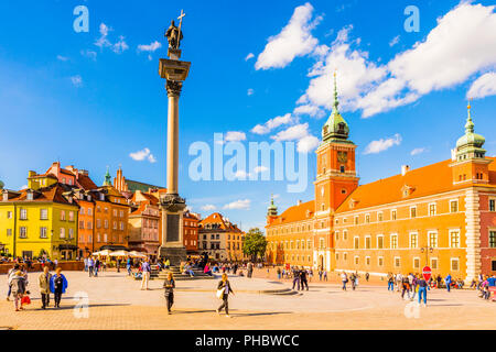 Royal Castle and Sigismund's Column in Plac Zamkowy (Castle Square), Old Town, UNESCO World Heritage Site, Warsaw, Poland, Europe - Stock Photo