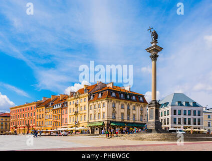 Sigismund's Column and buildings in Plac Zamkowy (Castle Square), Old Town, UNESCO World Heritage Site, Warsaw, Poland, Europe - Stock Photo