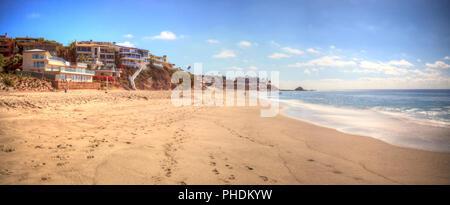 Rocky shores of Victoria Beach in Laguna Beach - Stock Photo