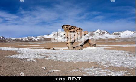 The Arbol de Piedra (Stone Tree), in the Siloli Desert, Sud Lipez Province, Uyuni, Bolivia. - Stock Photo