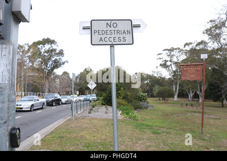 No pedestrian access road sign on the Sutherland Park side of Linden Street near the corner with The Grand Parade, Sutherland, Sutherlandshire, NSW, A - Stock Photo