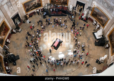 Washington, United States Of America. 31st Aug, 2018. Photo taken from the Dome of the United States Capitol of the Lying in State honoring the late US Senator John McCain (Republican of Arizona) in the US Capitol Rotunda in Washington, DC on Friday, August 31, 2018. Credit: Ron Sachs/CNP (RESTRICTION: NO New York or New Jersey Newspapers or newspapers within a 75 mile radius of New York City)   usage worldwide Credit: dpa/Alamy Live News - Stock Photo