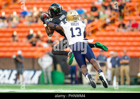 Honolulu, Hawaii, USA. 01st Sep, 2018. September 1, 2018 - Hawaii Rainbow Warriors wide receiver JoJo Ward #19 catches a pass during NCAA football game between the Navy Shipmen and the University of Hawaii Warriors at Hawaiian Airlines Field at Aloha Stadium in Honolulu, Hawaii. Glenn Yoza/CSM Credit: Cal Sport Media/Alamy Live News - Stock Photo