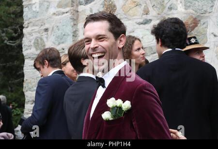 St. Moritz, Switzerland. 01st Sep, 2018. 01.09.2018, Switzerland, St. Moritz: Guests arrive to the wedding of Constantine of Bavaria and Deniz Kaya. Credit: Franziska Kraufmann/dpa/Alamy Live News - Stock Photo