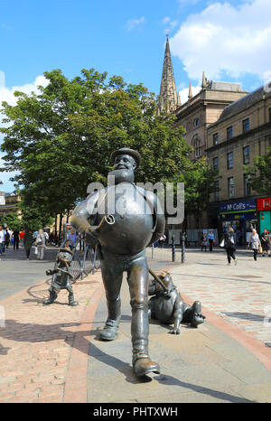 Statue of Desperate Dan, the wild west character from the Dandy, in Dundee where his publishers, D.C. Thomson are based, in Scotland, UK - Stock Photo