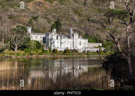 Kylemore Abbey, Connemara, County Galway, Ireland. - Stock Photo