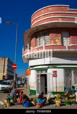 Old portuguese colonial apartements building, Huila Province, Lubango, Angola - Stock Photo