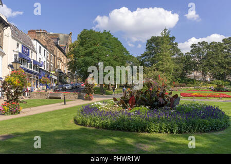 Harrogate North Yorkshire. Montpellier Gardens. - Stock Photo