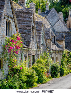 Arlington Row - homes built for the local weavers, Bibury, Glocestershire, England - Stock Photo