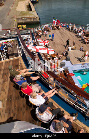 Portugal, Porto, Matosinhos, Leixoes Harbour, MV Marco Polo,  passengers on deck in sunshine - Stock Photo