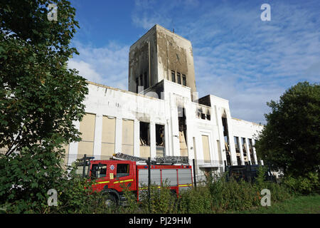 Liverpool, UK. 3rd Sep 2018. The fire at the former Littlwoods Pools building on Edge Lane in Liverpool was finally put out in the early hours of Monday morning, 3rd Septmeber, 2018 after it started around 8pm on the previous evening of Sunday, 2nd September. There was extensive damage to one wing of the building but the outer shell of the building remains intact. The building was built in 1938 by Sir John Moores. Photo taken on Monday afternoon. Credit: Pak Hung Chan/Alamy Live News - Stock Photo