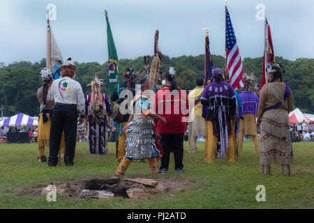 Southhampton, United States of America. 03rd, Sep 2018. Native American start the celebration of the 72nd annual Shinnecock Indian Powwow over the Labour Day weekend in Southampton Long Island New York, in Southhampton, United States of America, 03 September 2018. (PHOTO) Alejandro Sala/Alamy News - Stock Photo