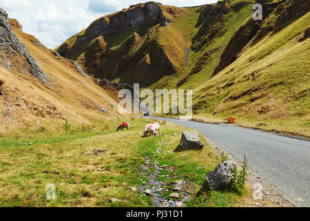 Winnats Pass, Peak District National Park, Derbyshire, England, UK - Stock Photo