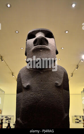 Easter Island basalt statue known as Hoa Hakananai'a (AD 1000-1200). British Museum, Bloomsbury, London, England, UK. - Stock Photo
