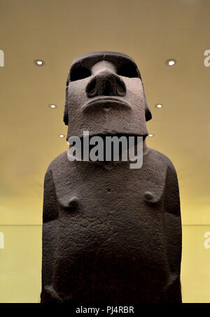 Easter Island basalt statue known as Hoa Hakananai'a (AD 1000-1200). British Museum, Bloomsbury, London, England, UK. [some objects digitally removed  - Stock Photo