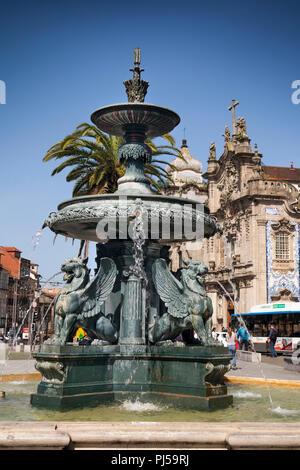 Portugal, Porto, Praça de Carlos Alberto, Fonte dos Leões, 19th-century French made fountain of the lions - Stock Photo