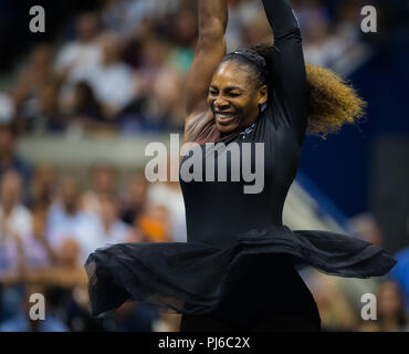 Flushing Meadows, New York, USA. 4th Sep, 2018. SERENA WILLIAMS of USA celebrates her women's singles quarter-final win at the 2018 US Open Grand Slam tennis tournament. Credit: AFP7/ZUMA Wire/Alamy Live News - Stock Photo