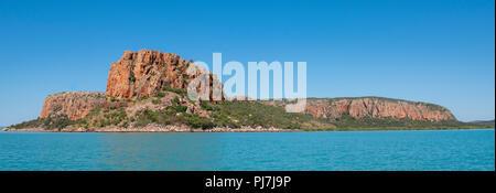 Australia, Western Australia, Doubtful Bay. Coastal view of Raft Point. - Stock Photo