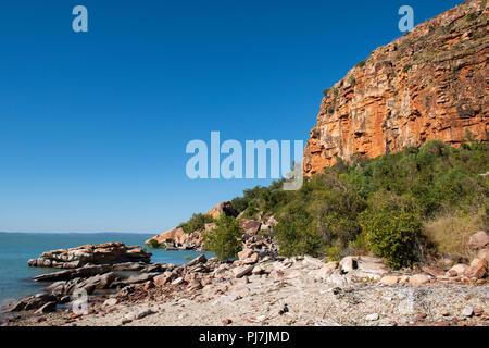 Australia, Western Australia, Doubtful Bay. Beach view of Raft Point. - Stock Photo