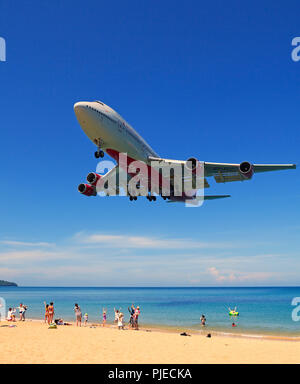 Boeing 747, airplane of the society of Rossia in the land flight, May Kao Beach, Phuket, Thailand, Boeing 747 , Flugzeug der Gesellschaft Rossia im La - Stock Photo