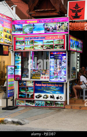 typical street state for the reservation of tours and excursions, Patong Beach, Phuket, Thailand, typischer Straßenstand für die Buchung von Touren un - Stock Photo