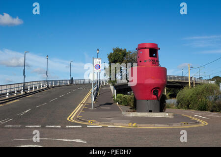 Cockle Row Spit, and bridge over the railway line at Leigh-on-Sea, Essex, England - Stock Photo