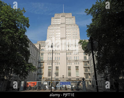 Front view of Senate House the administrative centre of the University of London - Stock Photo