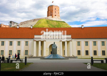 VILNIUS, LITHUANIA - JUNE 7, 2018: National Museum of Lithuania in Vilnius with Statue of Mindaugas Grand Duke of Lithuania and the Gediminas tower on - Stock Photo