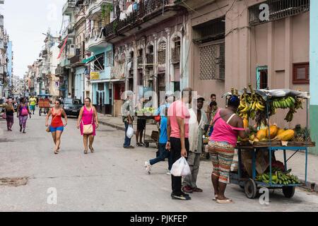 Cuba, Havana, Centro district, street scene - Stock Photo