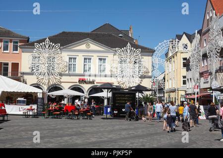 Market square with historic facades, Unna, Ruhr area, Westphalia, North Rhine-Westphalia, Germany, Europe - Stock Photo