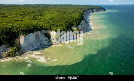 Chalk coast near Sassnitz in the Jasmund National Park, Rügen, Baltic Sea coast, Mecklenburg-Western Pomerania, Western Pomerania, Mecklenburg-Vorpommern, Germany - Stock Photo