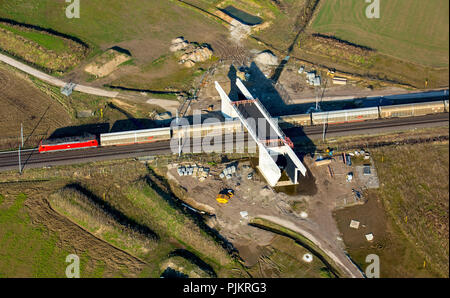 Betuwe-Lijne, freight railway line, railway line Betuwe-Line, freight line Betuwe, railroad crossing, bridge, Vrasselt on the B8, Emmerich, Lower Rhine, North Rhine-Westphalia, Germany - Stock Photo