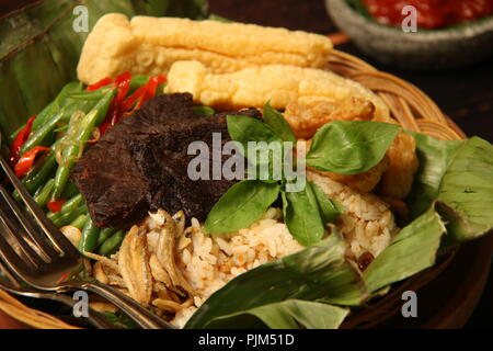 nasi bakar the traditional sundanese grilled rice in banana leaf stock photo alamy traditional sundanese grilled rice