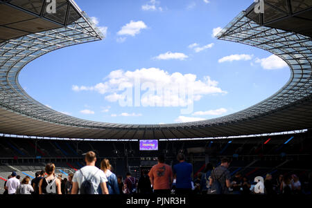 Berlin, Germany. 08th Sep, 2018. Visitors celebrate at the two-day music festival Lollapalooza on the grounds of the Olympic Park. Credit: Britta Pedersen/dpa/Alamy Live News - Stock Photo