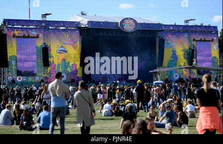 Berlin, Germany. 08th Sep, 2018. Visitors on the Maifeld at the two-day music festival Lollapalooza on the grounds of the Olympic Park. Credit: Britta Pedersen/dpa/Alamy Live News - Stock Photo