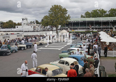 Goodwood, West Sussex, UK. 8th September 2018. cars joint the track for Jack Sears Memorial Trophy race at the Goodwood Revival in Goodwood, West Sussex, UK. © Malcolm Greig/Alamy Live News - Stock Photo